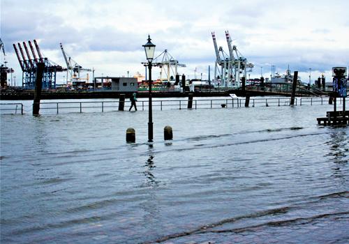 Asciugatura muri allagamento nel porto